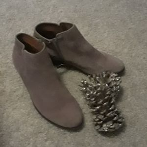 Crown vintage booties size 7.5